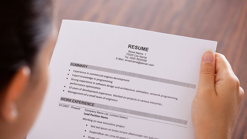 7 mistakes you re making on your resume insideboss the boss group